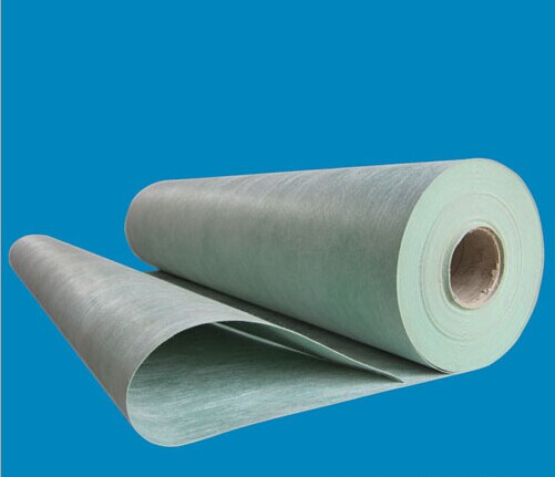 缝或者管道等等相连的阴角做成均匀一致,用平整光滑的折角或者圆弧.
